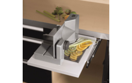 Built-in food slicer E 118